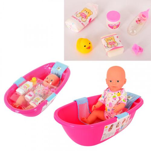 Бебе с аксесоари за баня